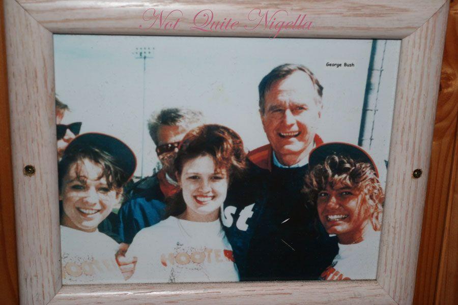 Hooters George Bush