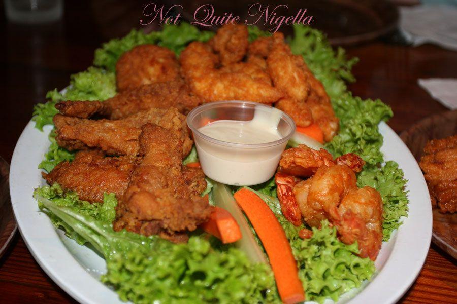 Hooters Buffalo platter