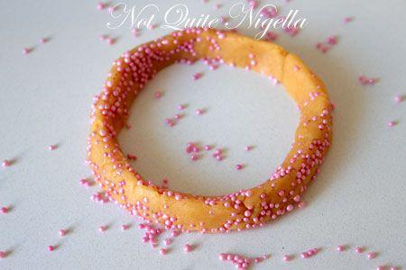bracelet cookie recipe, Kaak bel-Haleeb recipe
