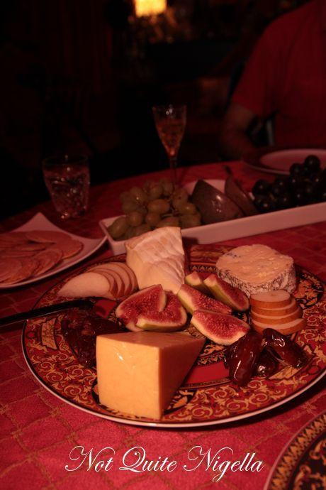 velvet-canopy-dinner