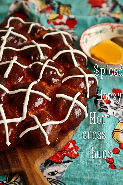 m-honey-hot-cross-buns-1-3