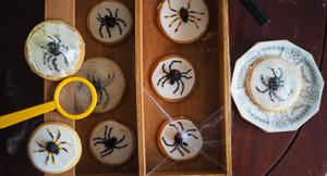CREEPY Spider Cookies!
