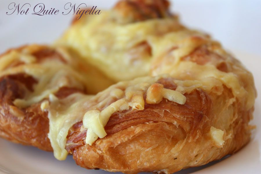 St Honore Sourdough bakery at North Sydney Ham cheese croissant