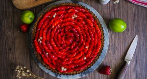 Hap-Pie! Key Lime Pie With Strawberries