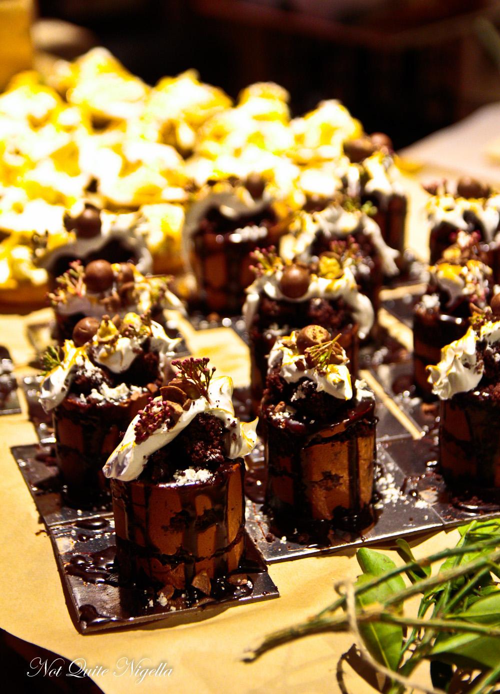 Sweet Street Shangri-la Hotel