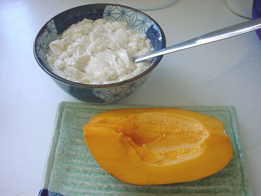 Sweet tofu with  papaya