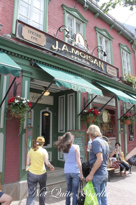 The Chocolate Museum, SSS restaurant, Quebec, Canada