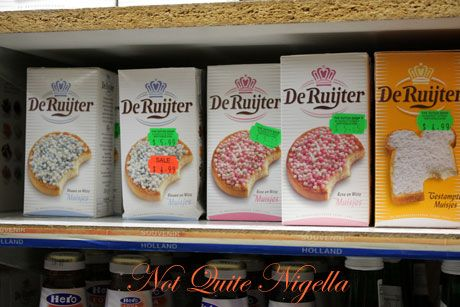 dutch shop pink blue rusk