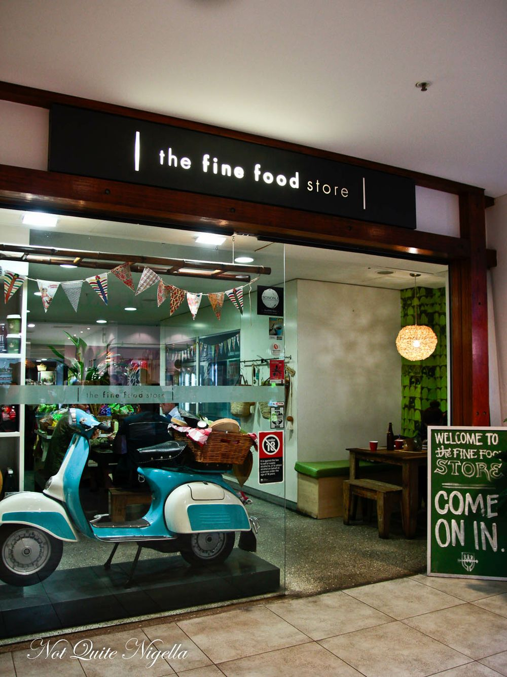 fine-food-store-6-2
