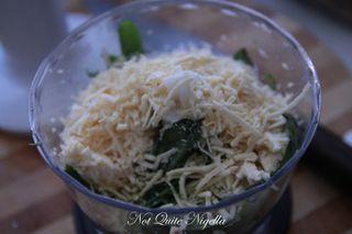 pesto hummus dip-1
