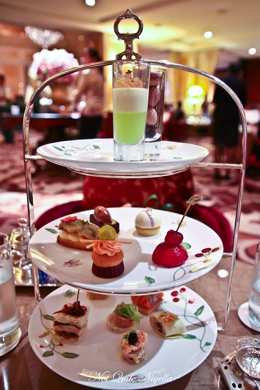 the langham hong kong afternoon tea