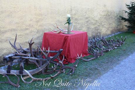 hellbrun christmas markets antlers