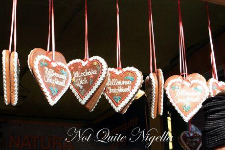 hellbrun christmas markets hearts