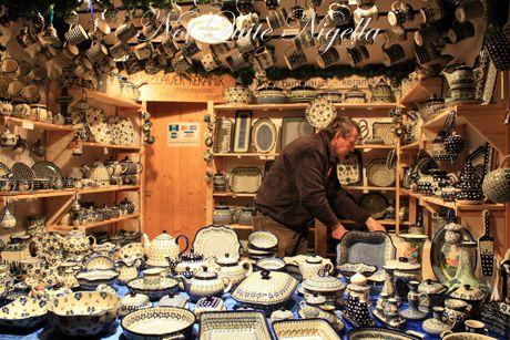 schoenbrunn palace christmas markets blue porcelain