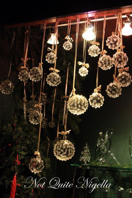 schoenbrunn palace christmas markets glass baubles