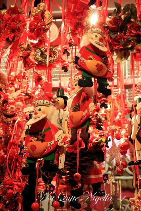 vienna christmas markets decorations