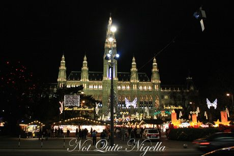vienna christmas markets front