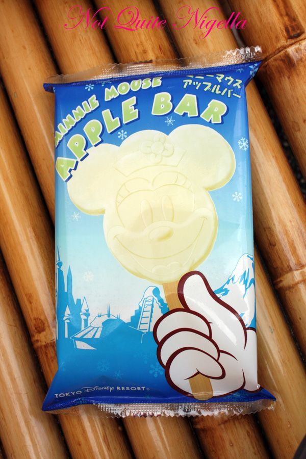 Tokyo Disneyland Minnie Mouse ice block