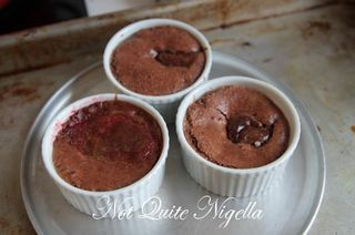 melting nutella cake