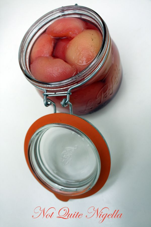 Vanilla poached peaches