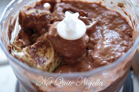 vegan chocolate chip ice cream