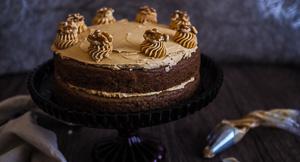 Lighten Up With This Vegan Coffee Walnut Sponge Cake