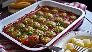 Balls Balls Balls! Ricotta & Spinach Balls in Tomato!