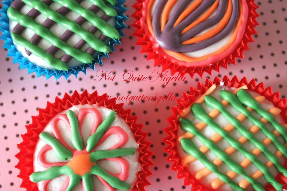 Kaleidocakes cupcakes wallpaper