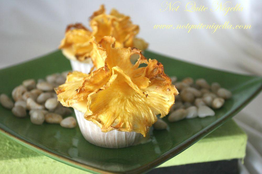 Pineapple Hibiscus cupcakes wallpaper