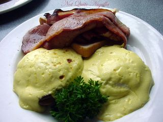 Wharfys at Mosman -Eggs Benedict