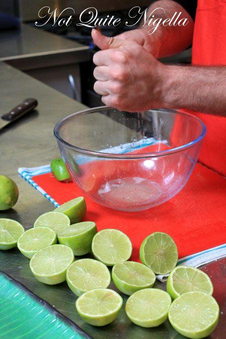 peruvian cooking class limes