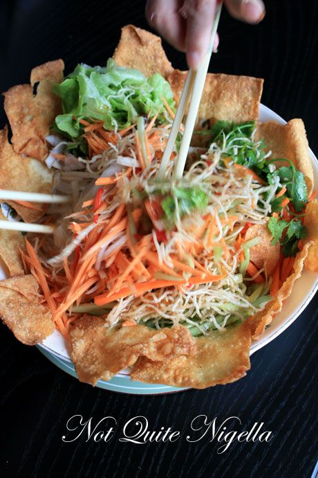 yee sang salad tossing 4