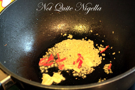 garlic frying
